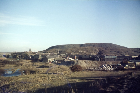 Barnsley Main Spoil Heap, c1975.Courtesy of Fred Thompson